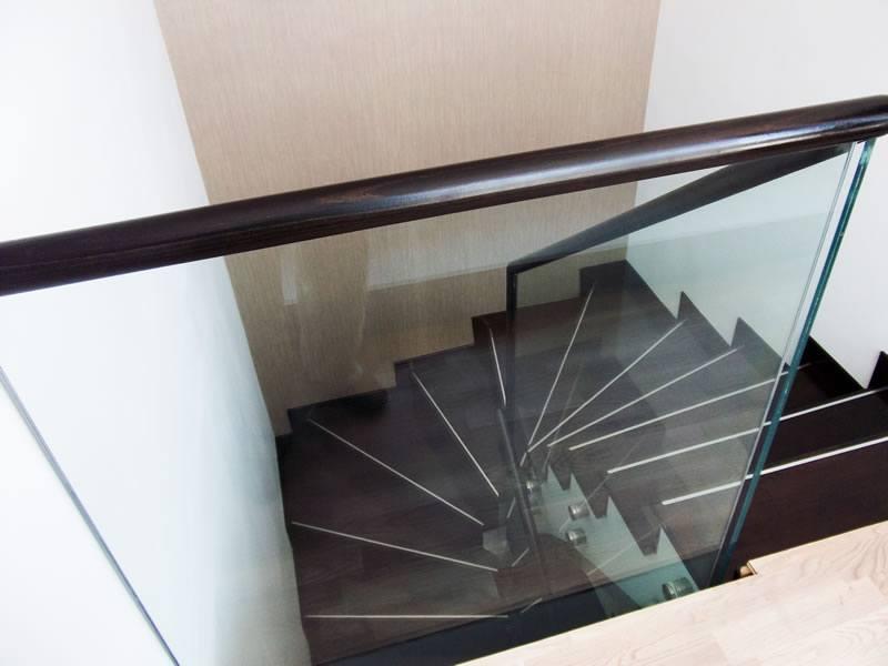 balustrada interioara de sticla