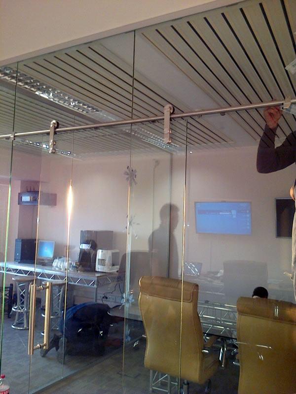 pereti mobili sticla